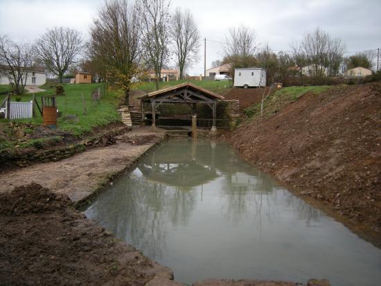 Bassin du lavoir à la fin des travaux